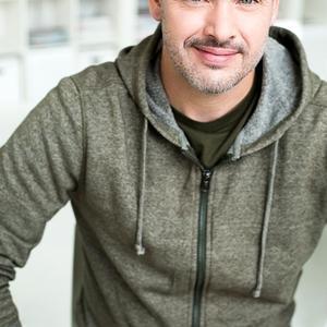 Martin  Plouffe